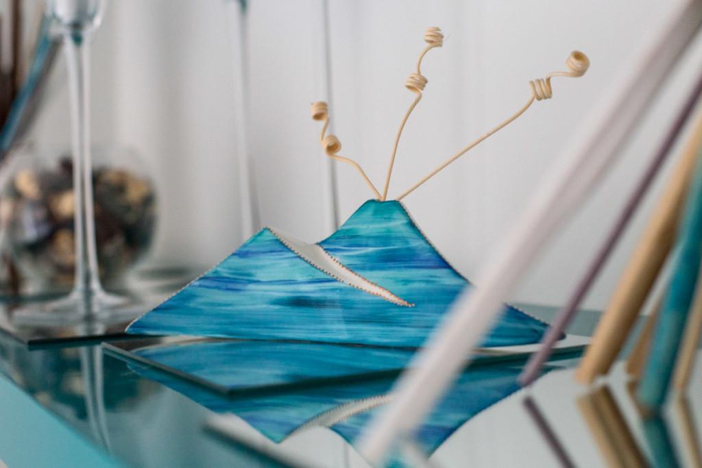 Sharon Italia - Collezione Napoli - Creazioni in Porcellana Napoli - Profumatori Ambiente - Corni Portafortuna - Porcellana Decorata a Mano
